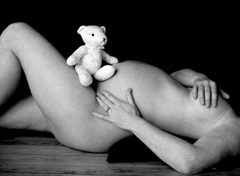 Можно ли делать восковую эпиляцию бикини во время беременности?